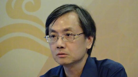 組長黎志添教授報告會議討論事項
